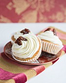 Cupcakes with raisins