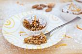 Jerusalem artichoke muffins with orange zest and almonds