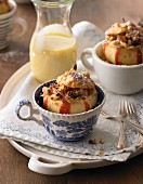 Baked apples with vanilla sauce
