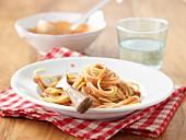 Spaghetti mit Tomatensahne