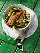 Asian green cabbage with curry-salmon