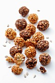 Energy balls with sunflower seeds, honey and cocoa