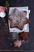 Star shaped Advent cakes dusted with icing sugar