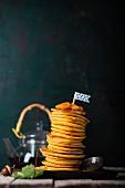 Pfannkuchen (Pancakes) mit Kürbispüree