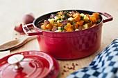 Karotten-Kartoffel-Eintopf mit Wurst