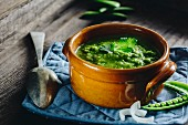 Green pea soup with parsley