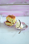 An oven-baked yeast dumpling with vanilla ice cream