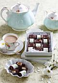 Fudge mit Nougat und dunkler Schokolade