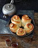 Kubaneh – Israeli breakfast bread