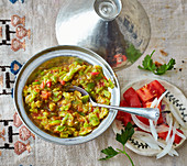 Foul – broad beans with peppers and tomatoes from Arabia