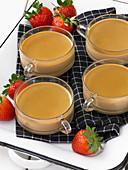 Coffee pot de creme