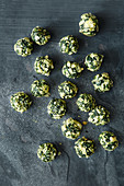 Baked spinach balls with Emmental cheese