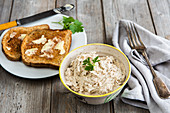 Smoked mackerel spread with cream cheese, horseradish and buttered toast