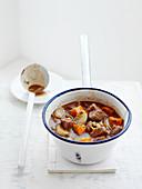 Massaman Curry in Stielkasserolle