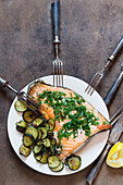 Salmon with herbs and zucchini slices