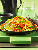 Singapore Noodles with peppers and mangetout (China)