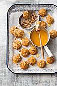 Honey, walnut and olive oil gingies