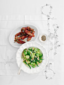 Glazed chipolatas with green vegetables