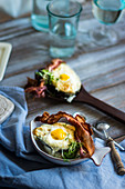 Avocados with egg and bacon