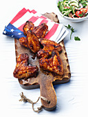 Chicken wings with salad (USA)