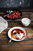 Sauteed strawberries with balsamic vinegar and cream