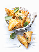 Mozzarella and tuna fish pastries