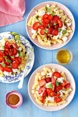 Pasta with strawberries and quark
