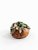 Baked Potatoe mit Spinat, Knoblauch und Pilzen
