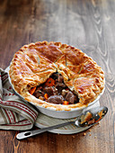 Beef and ale pie (England)