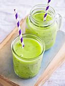 Two glasses of kiwi smoothie