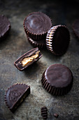Vegan chocolate peanut butter cups