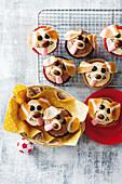 Caramel puppy cupcakes