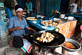 Samosas, pani puri and other lunch dishes being made, Ramnagar Forts, Varanasi, Uttar Pradesh, India