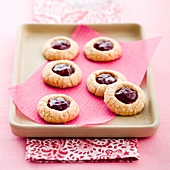 Butter biscuits filled with strawberry jam