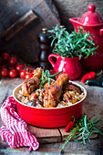 Hähnchenschenkel in Honigglasur mit Reis und Gemüse