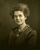 Ida Mellen, American aquarist