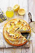 Limoncello-Tarte mit Vanillebaiser vom Grill