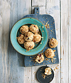 Energy balls with barley, oats, rice and cranberries