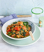 Vegan tomato bulgur with fenugreek seeds and spinach