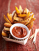 Oven chips with homemade ketchup