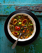 Green lentil soup with figs