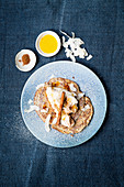 Almond pancakes with coconut and cinnamon quark