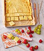 Käsekuchen-Häppchen mit Obst (Kindergericht)