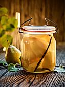 Preserved vanilla pears
