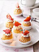 Mini Bundt cakes with strawberries