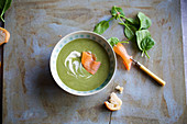Spinach cream soup with smoked salmon