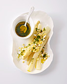 White asparagus with egg vinaigrette