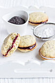 Poppyseed whoopie pies with eggnog and chocolate