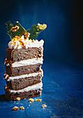 Ein Stück Sticky Date Cake (Dattelkuchen, USA)