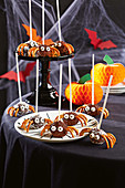 Spinnen Cake Pops zu Halloween